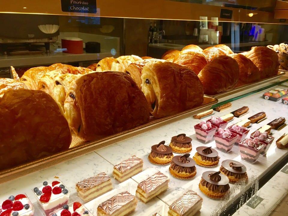 Les Halles Boulangerie Patisserie Review - Ziggy Knows Disney
