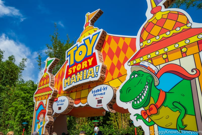 PHOTO TOUR: New Toy Story Mania Queue in Toy Story Land