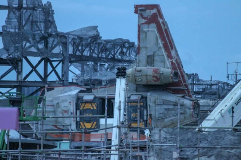 PHOTOS: First Spaceship Arrives in Star Wars Galaxy's Edge in Disney World
