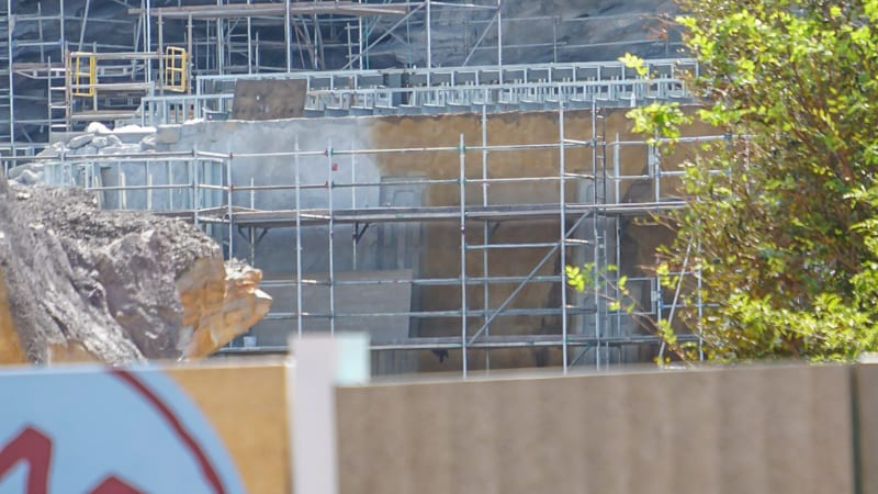 Star Wars Galaxy's Edge Construction Update October 2018 building painting