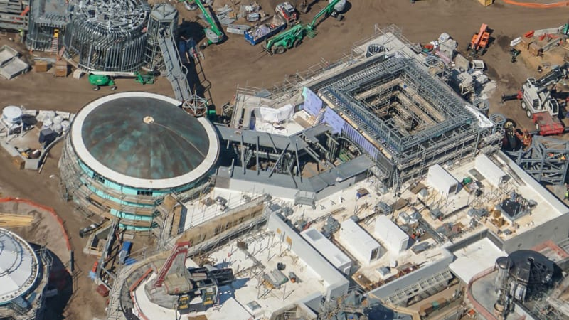 Star Wars Galaxy's Edge Construction Update October 2018 buildings
