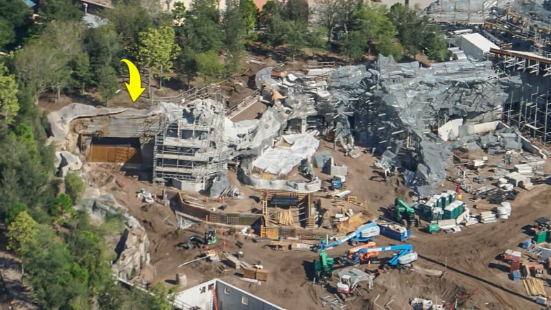 Star Wars Galaxy's Edge Construction Update October 2018 grand avenue entrance