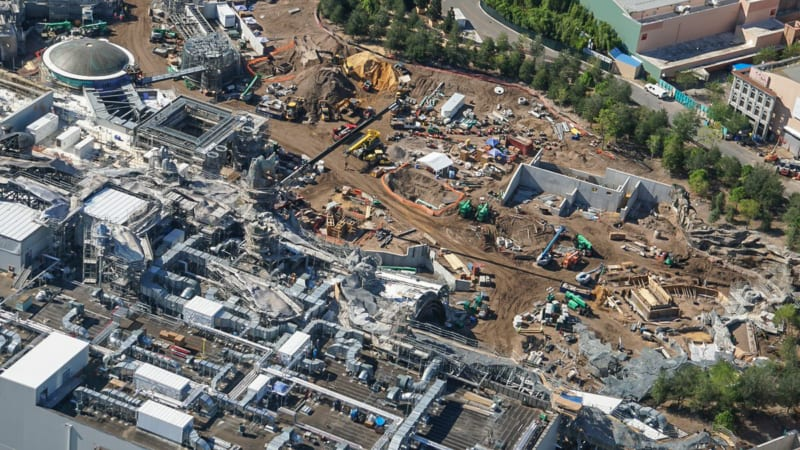 Star Wars Galaxy's Edge Construction Update October 2018 battle escape