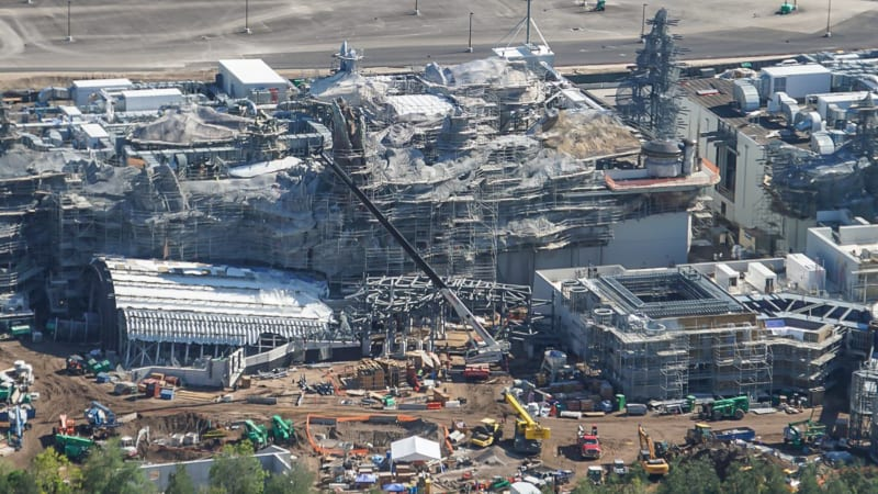 Star Wars Galaxy's Edge Construction Update October 2018 battle escape front