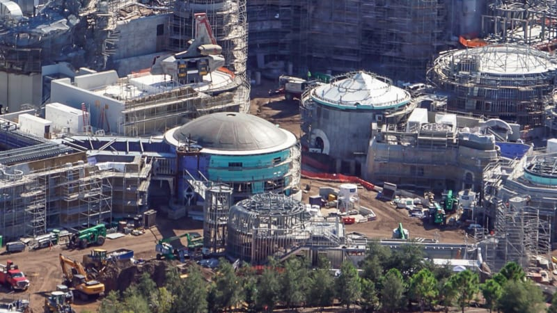 Star Wars Galaxy's Edge Construction Update October 2018 black spire outpost theming