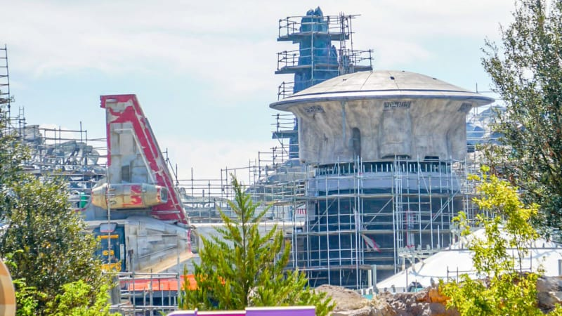 Star Wars Galaxy's Edge Construction Update October 2018 turret theming