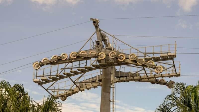 Disney Skyliner Gondola construction update November 2018 Disney Skyliner cables installed