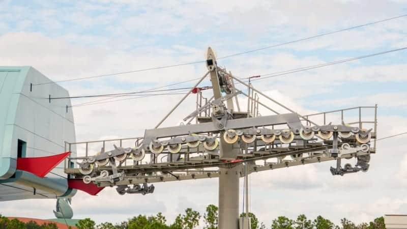 Disney Skyliner Gondola construction update November 2018 cables installed