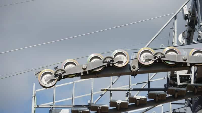 Disney Skyliner Gondola construction update November 2018 cables installed close