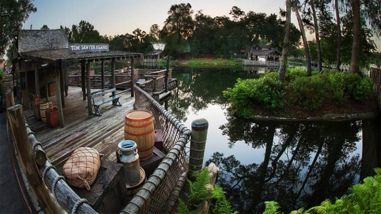 Aunt Polly's Tom Sawyer Island Reopening