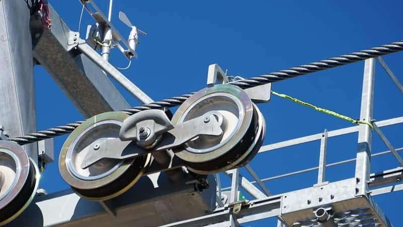 Disney Skyliner Gondola Construction Update December 2018 cable
