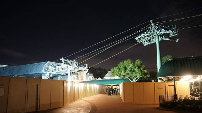 Disney Skyliner Gondola Construction Update December 2018 cable installation epcot rope