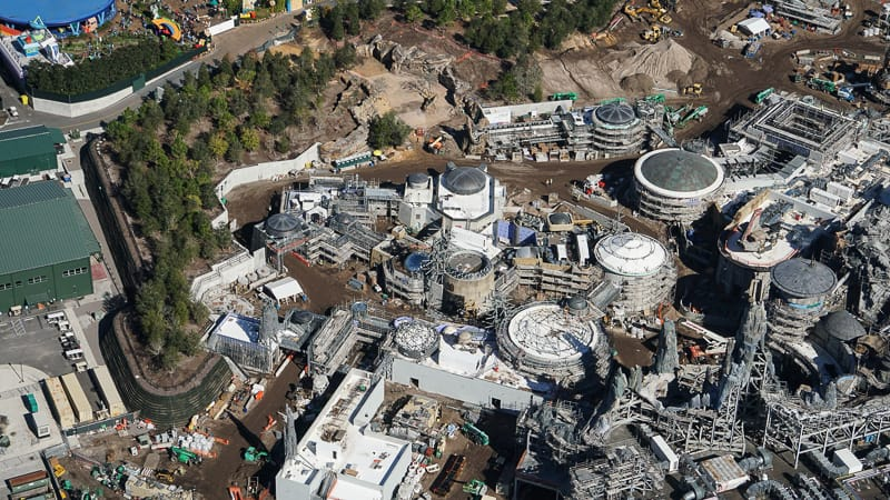 Star Wars Galaxy's Edge Construction Update December 2018 Black Spire Outpost