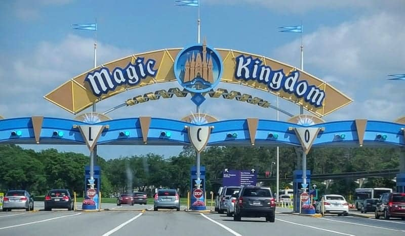 Walt Disney World Annual Passholders Required Show ID at Parking Entrances