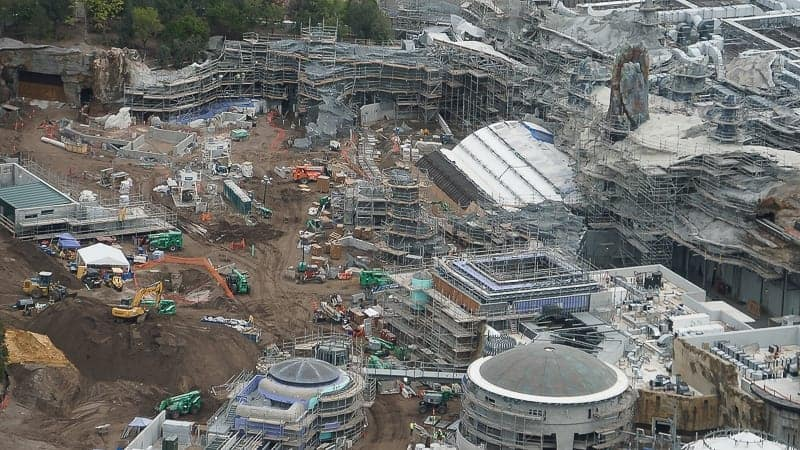 Star Wars Galaxy's Edge Construction Update December 2018 rise of the resistance front
