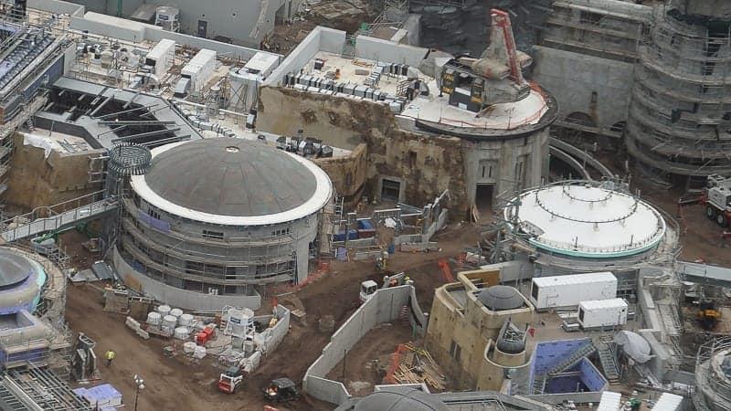 Star Wars Galaxy's Edge Construction Update December 2018 spaceship close