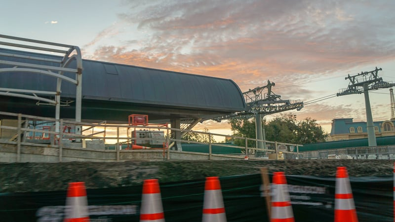 Disney Skyliner Gondola Construction Update January 2019 Epcot station
