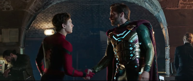 Spider-Man and Mysterio Spider-Man Far, From Home Trailer