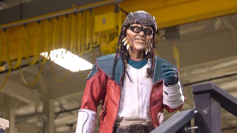 Hondo Animatronic Figure Millennium Falcon