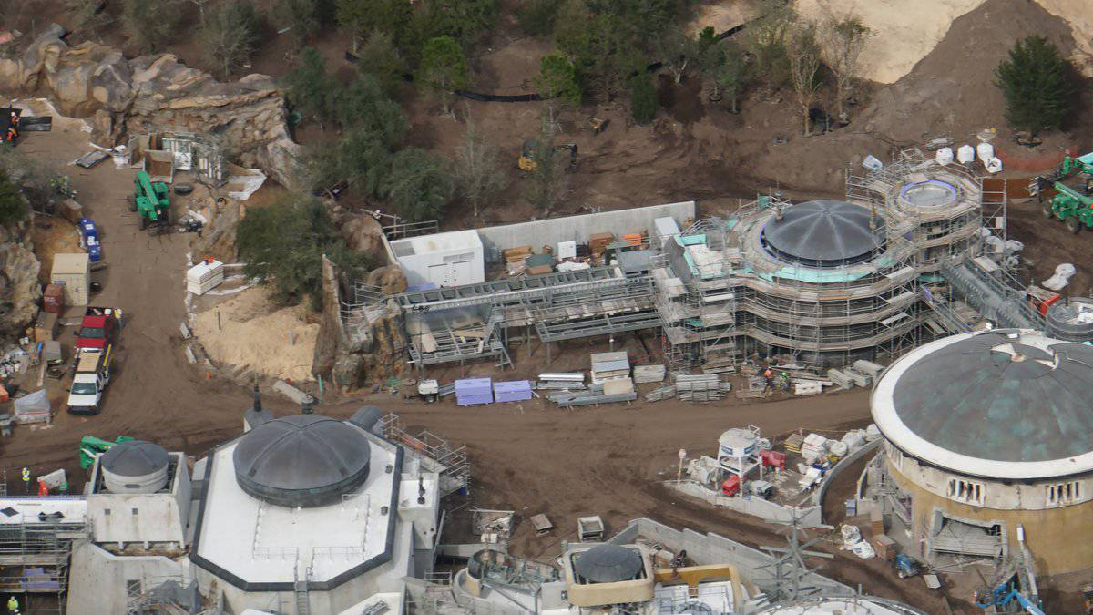 Galaxy's Edge Update February 2019 berm buildings