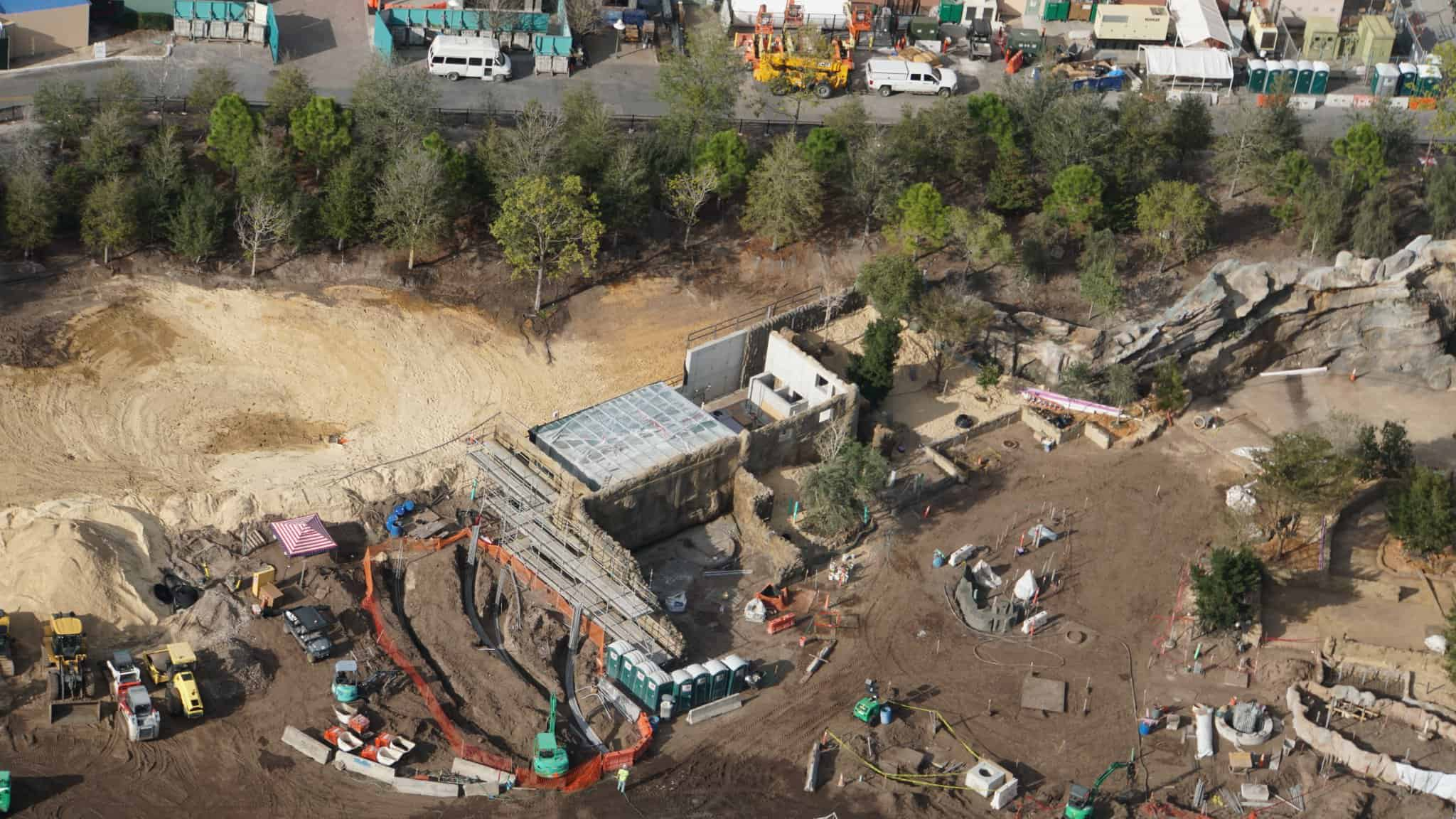 Galaxy's Edge Update February 2019 berm new buildings