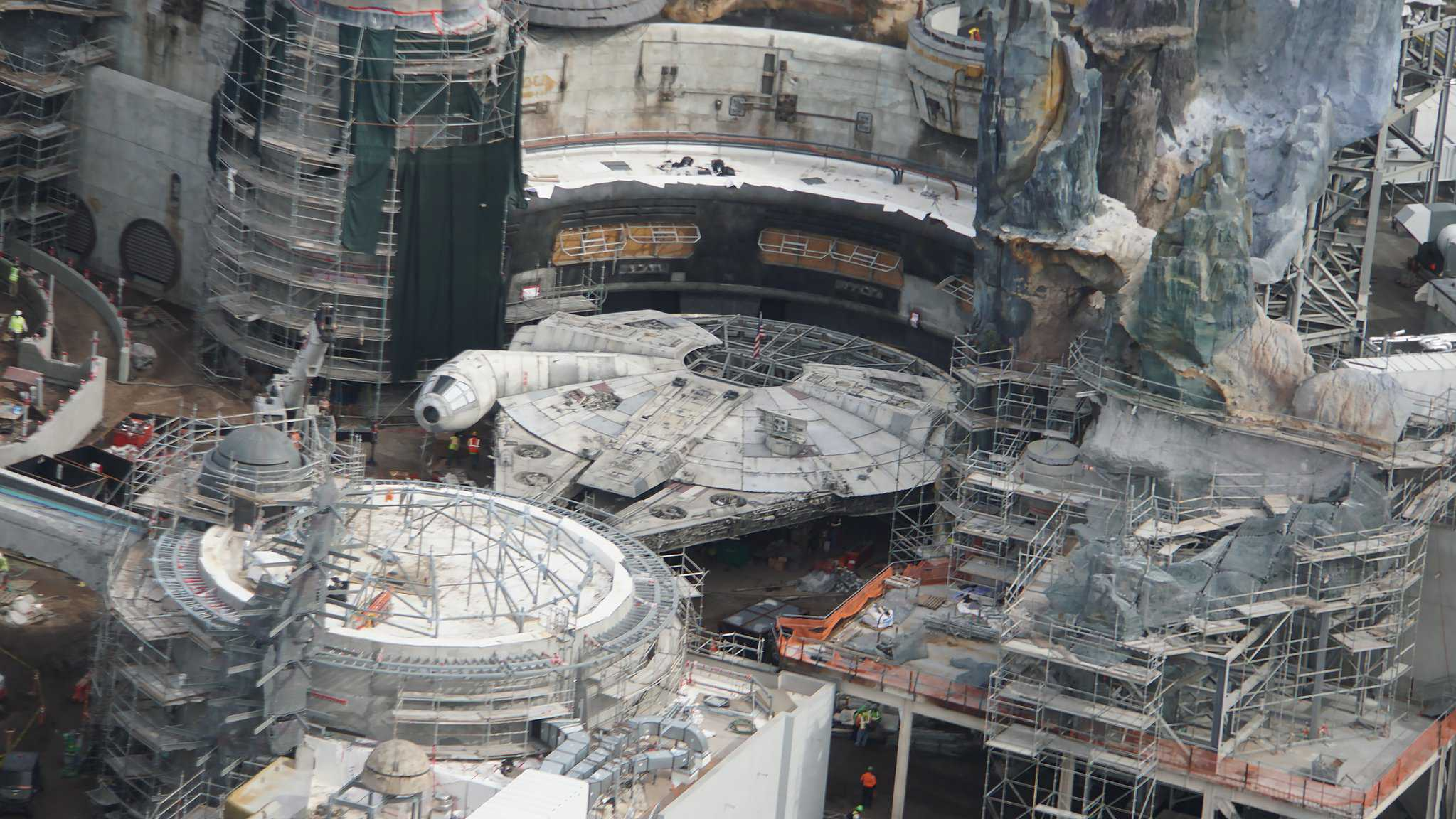 Galaxy's Edge Update February 2019 Millennium Falcon