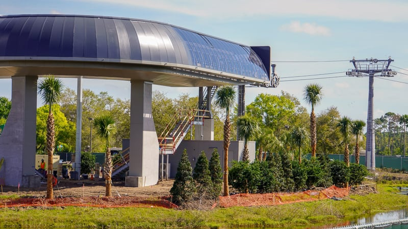 Disney Skyliner Gondola construction update March 2019 turn station