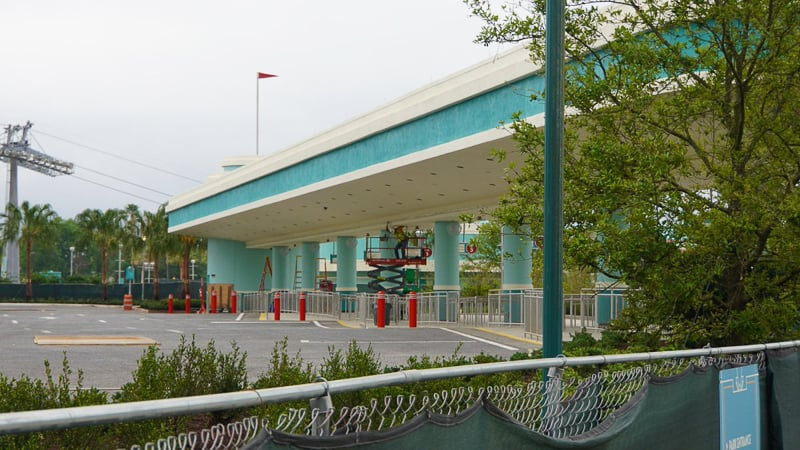 Hollywood Studios Parking Lot construction update March 2019 bus stop