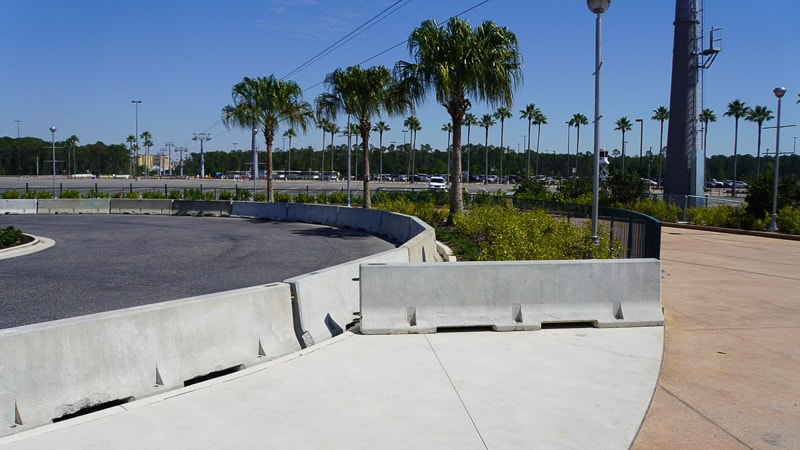 Hollywood Studios Parking Lot construction update March 2019 curb