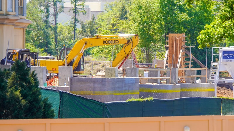 Remy's Ratatouille Adventure Construction Update March 2019 work on wall