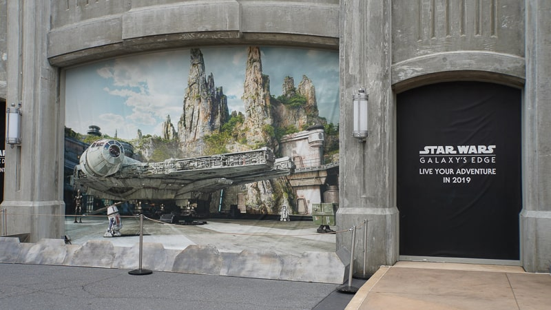 Star Wars Galaxy's Edge Construction Update March grand avenue entrance