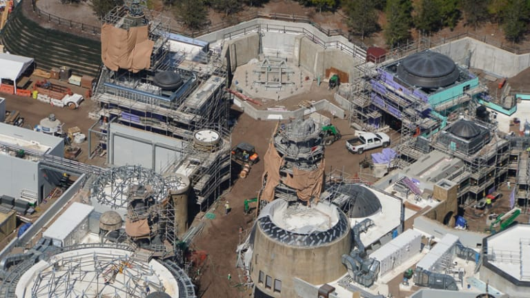 Star Wars Galaxy's Edge Construction Update March new spaceship spot