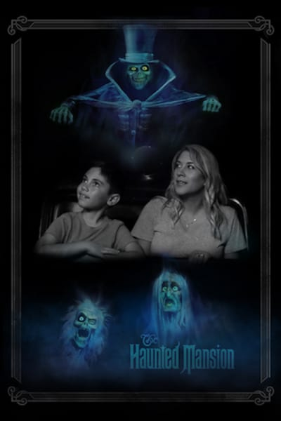 Haunted Mansion photo opportunity