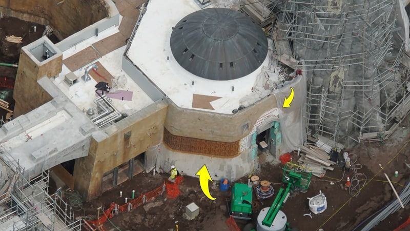 Star Wars Galaxy's Edge Construction Update April 2019 details on walls of Docking Bay 7