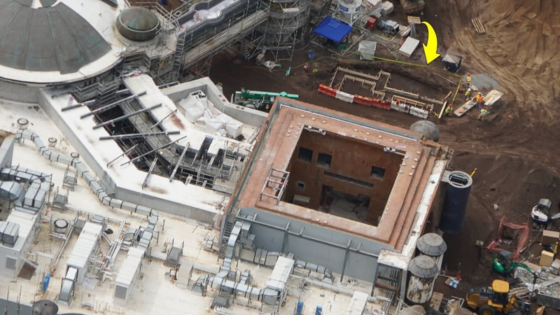 Star Wars Galaxy's Edge Docking Bay 7 roof