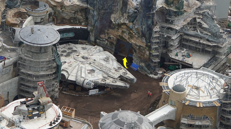 Star Wars Galaxy's Edge Construction Update April 2019 door by Millennium Falcon