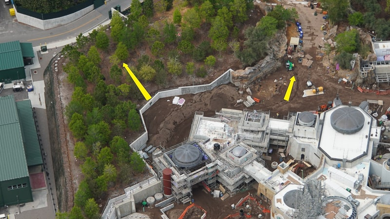 Star Wars Galaxy's Edge Construction Update April 2019 alternate entrances
