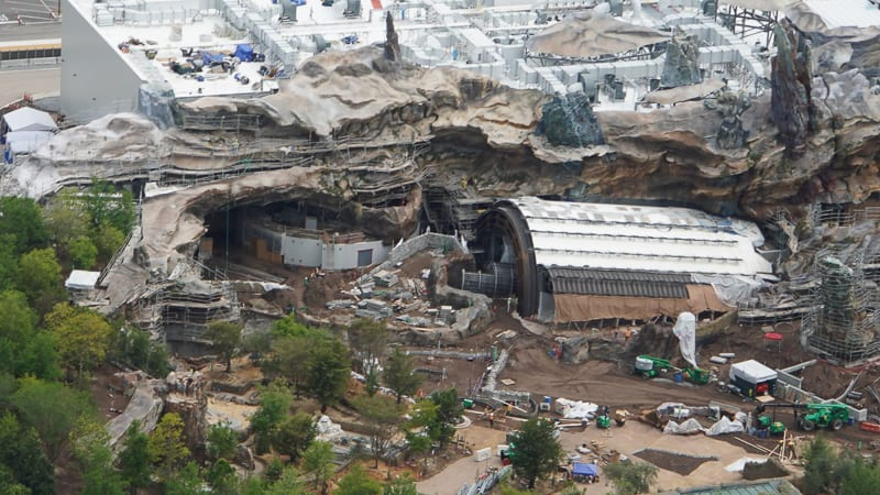 Star Wars Galaxy's Edge Construction Update April 2019 Star Wars Rise of the Resistance