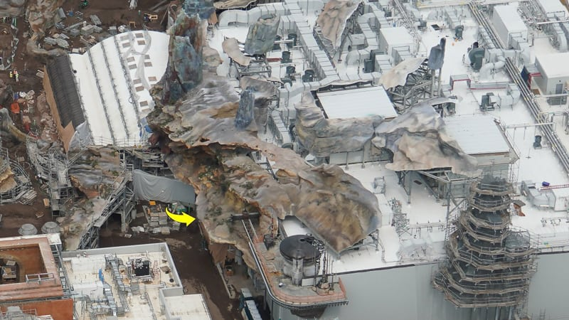 Star Wars Galaxy's Edge Construction Update April 2019 Rise of the Resistance roof
