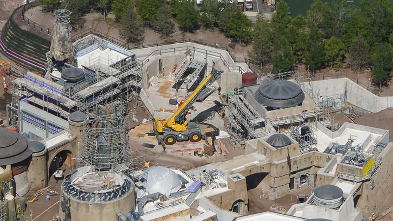 Star Wars Galaxy's Edge Construction Updates May 2019 crane