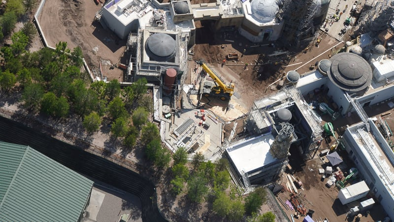 Star Wars Galaxy's Edge Construction Updates May 2019 spaceship landing