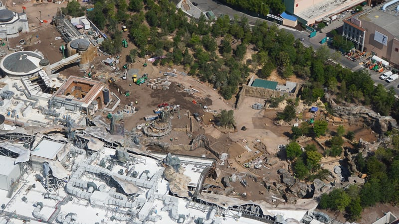 Star Wars Galaxy's Edge Construction Updates May 2019 Rise of the Resistance