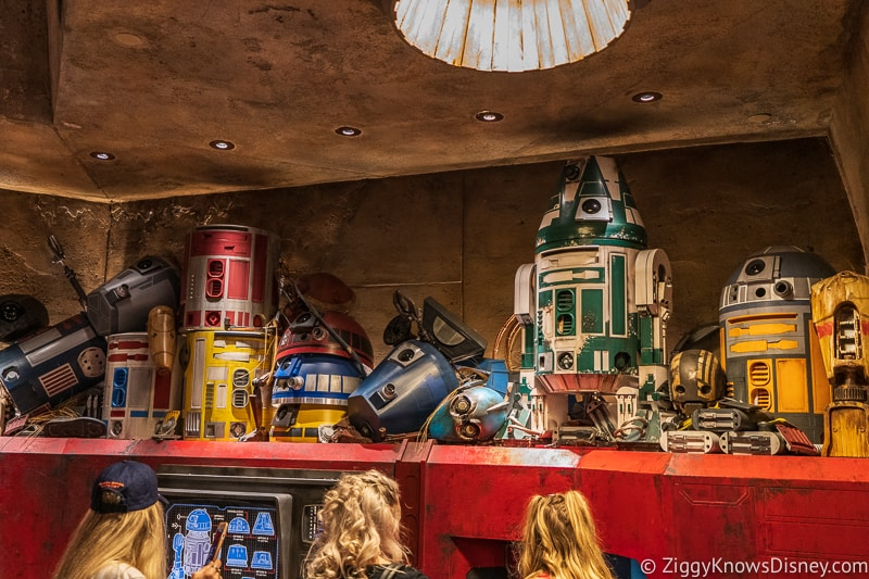 Droids in Star Wars Galaxy's Edge