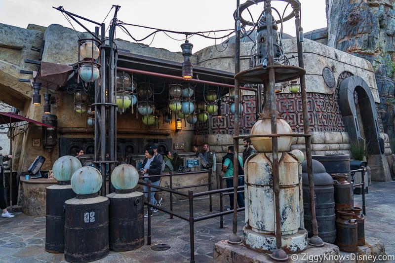Milk Stand Star Wars Galaxy's Edge Disneyland