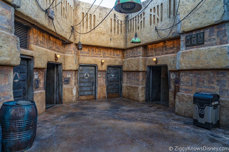 Star Wars Galaxy's Edge restrooms