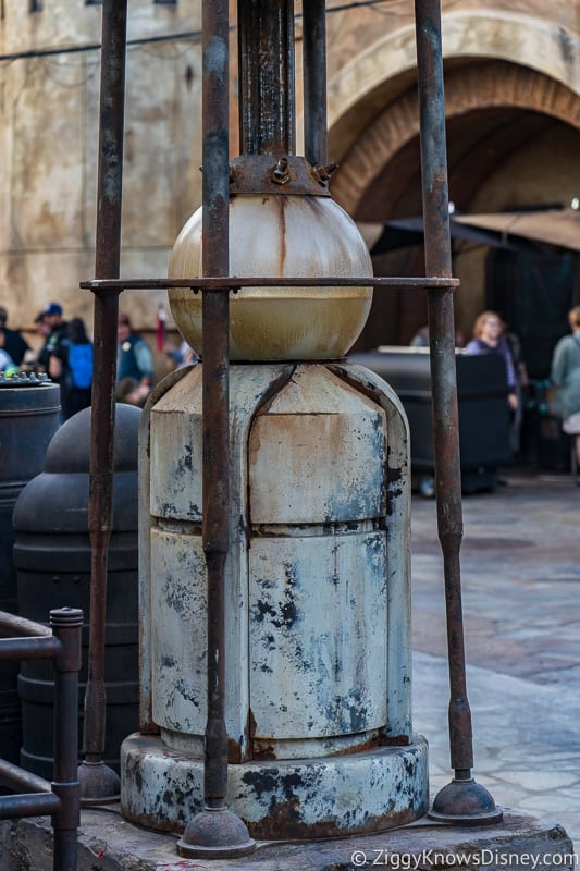 Star Wars Galaxy's Edge canisters