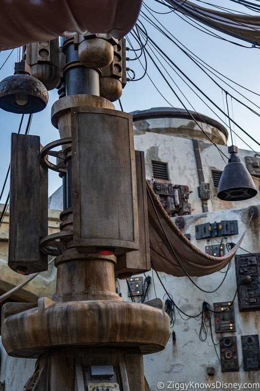 tower Star Wars Galaxy's Edge Disneyland