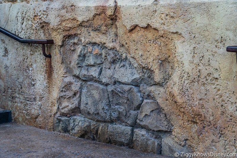 the walls Star Wars Galaxy's Edge