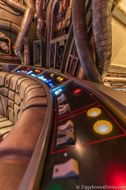 switches and buttons in the Millennium Falcon Smuggler's Run queue