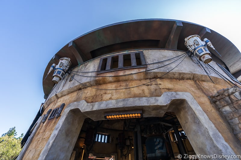Ronto Roasters entrance Star Wars Galaxy's Edge